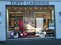 Udsalg hos Tofft Gardiner