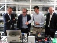 Borgmester Henrik Hvidesten (V) fik en rundvisning i ZBC Industricenter, der skal danne rammen om et praksisnært undervisningsmiljø med adgang til ny teknologi og samtidig skal fungere som et fagligt flagskib og samlingspunkt for automatik- og procesuddannelserne i hele Region Sjælland. Foto: ZBC