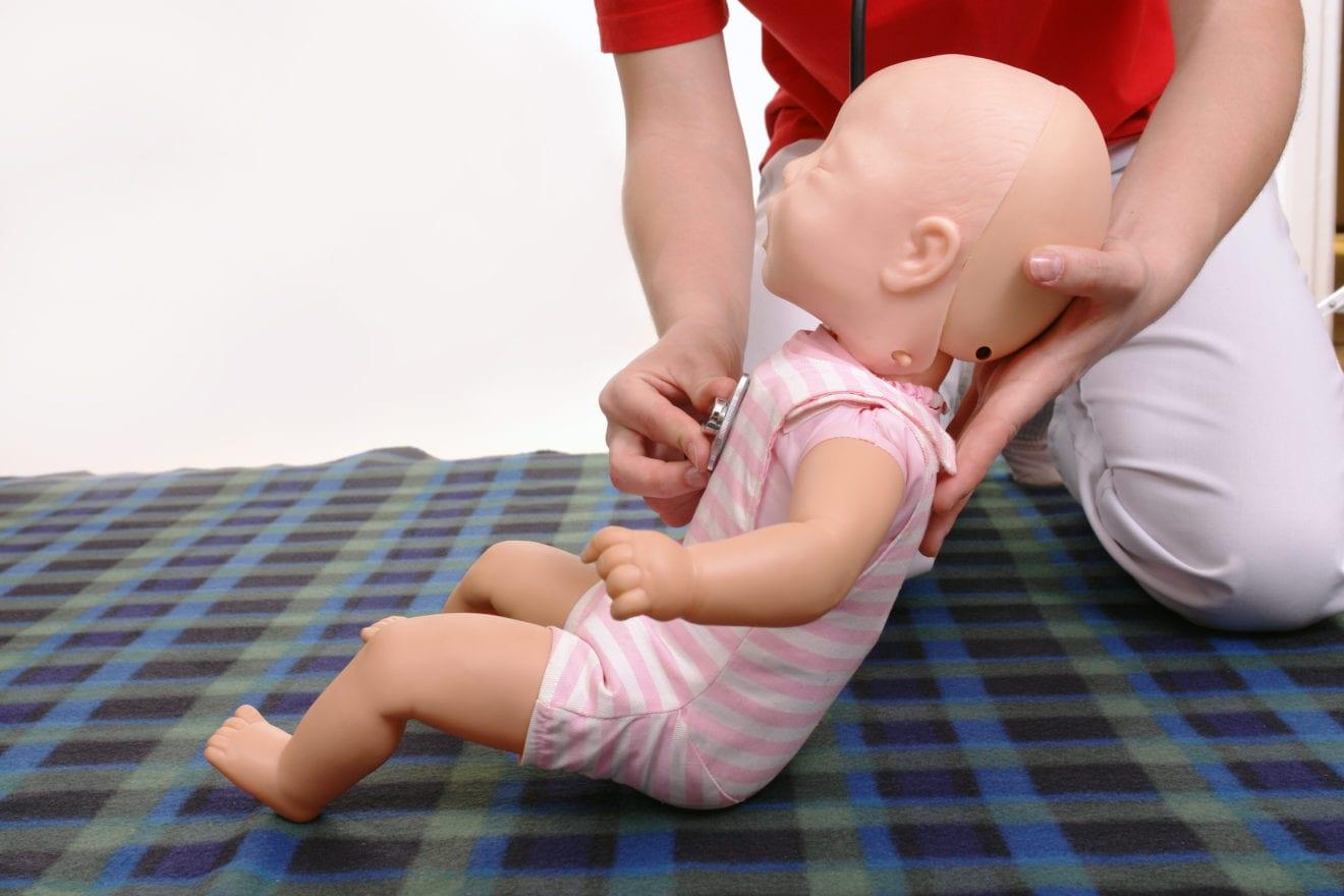 Babyførstehjælp på biblioteket