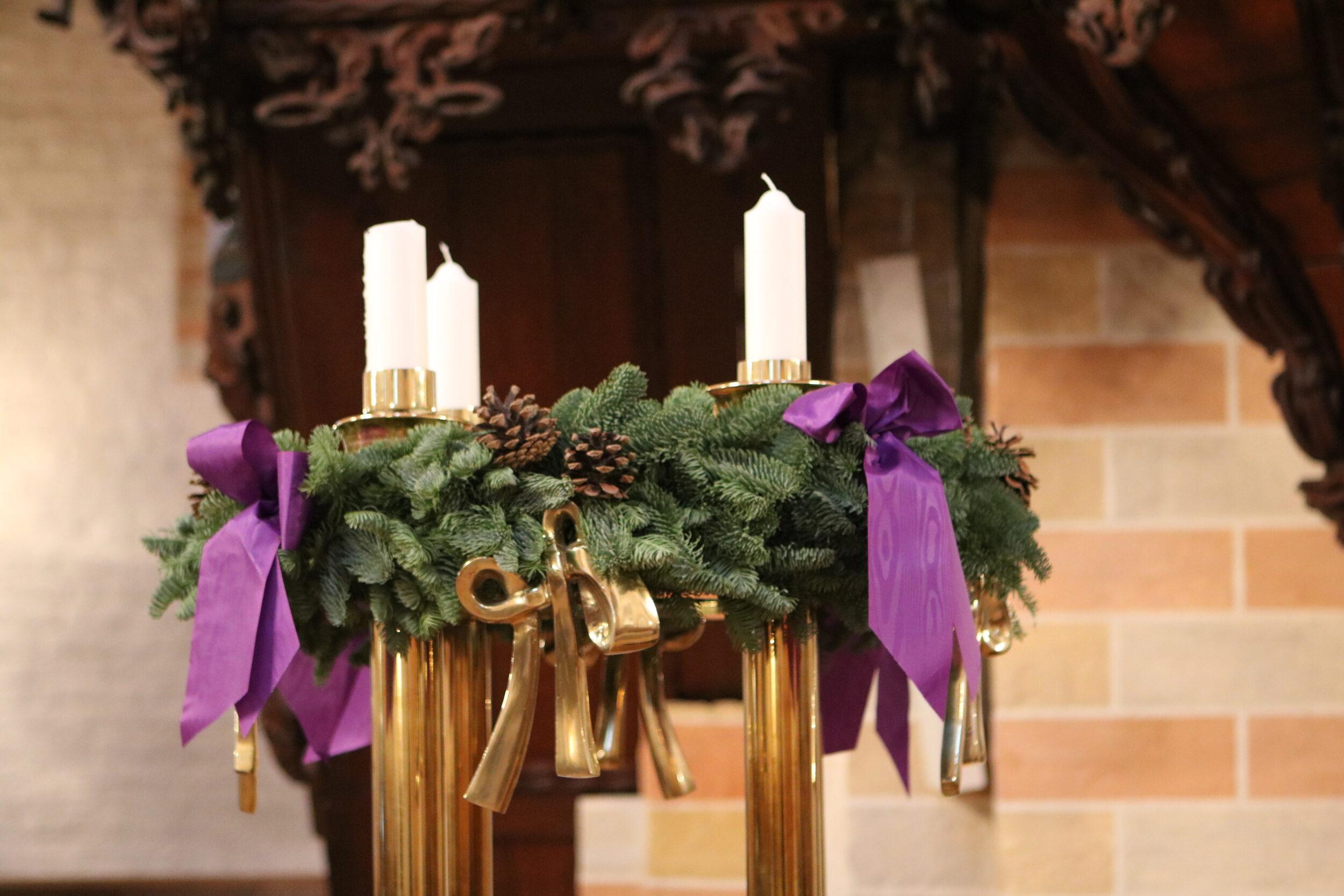 Gudstjenester i Benløse Kirke i december