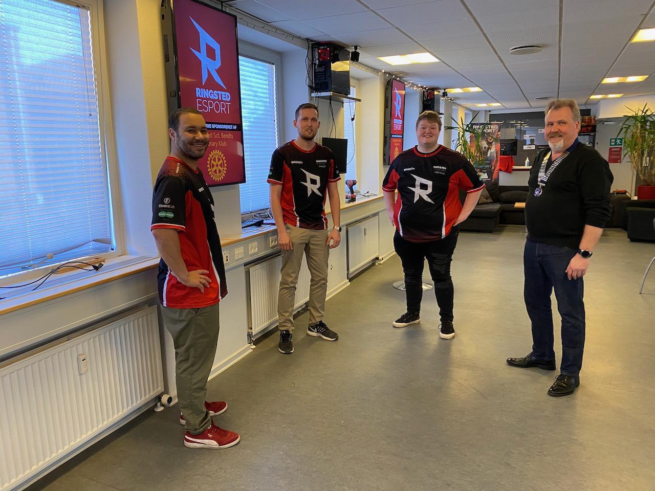 Rotaryklub donerer 25.000 kr. til Ringsted eSport
