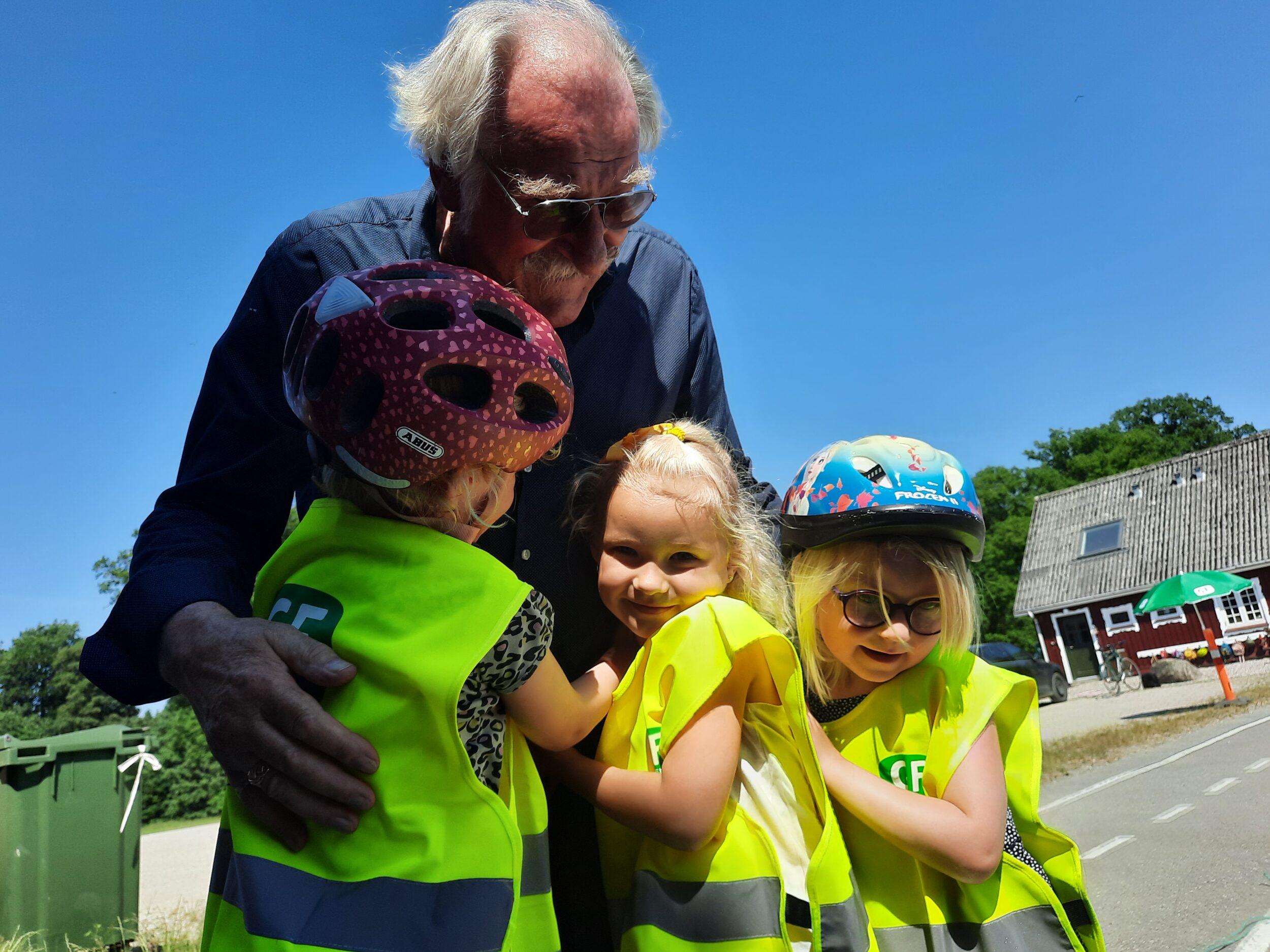 Senior-ildsjæl sikrede trafikpris til skovbørnehave